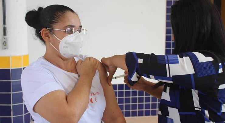 CAMPANHA DE VACINAÇÃO COVID-19 DOS TRABALHADORES DA EDUCAÇÃO